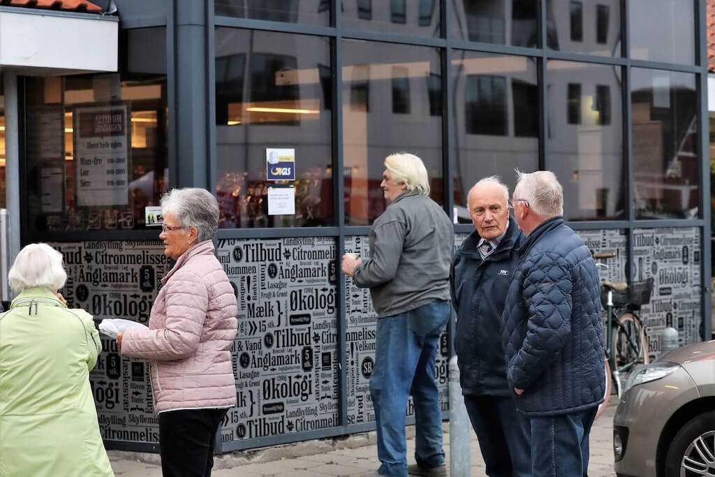 31 8 18 Dronninglund handel open by night 20